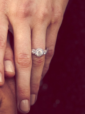 Browse Diamond Engagement Rings Hearts On Fire