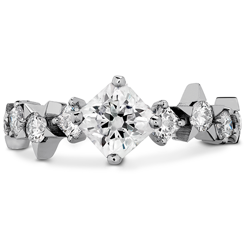 Illa Dream Engagement Ring