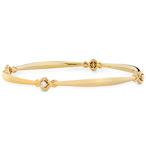 https://www.heartsonfire.com/images/Collection/488x488/Optima-Four-Station-Diamond-Bangle-1.png
