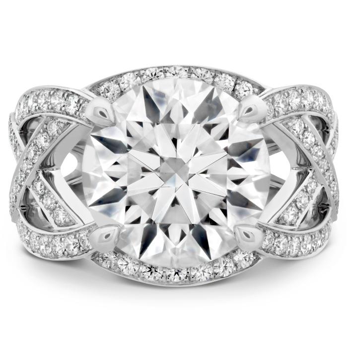 The Alexandria Diamond Ring in Platinum