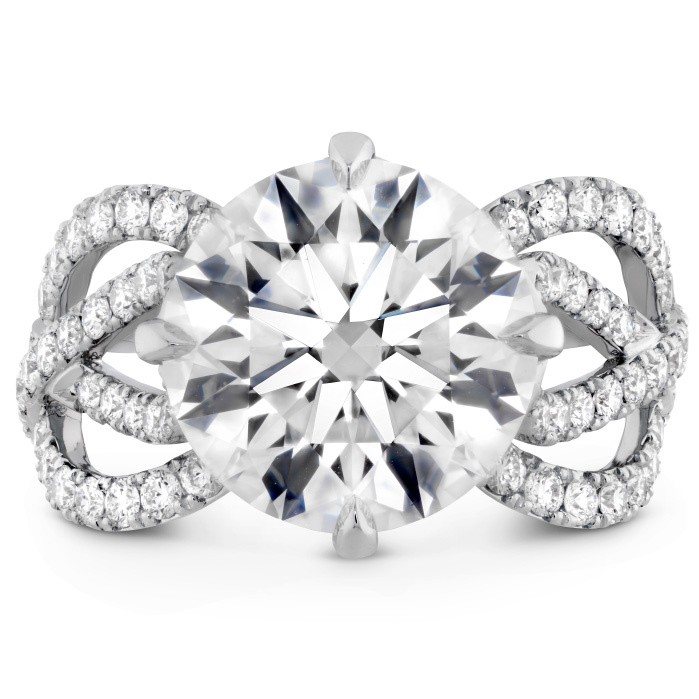 The Valencia Diamond Ring in Platinum